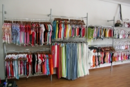 estanteras_-_tienda_textil_20110506_1721617850